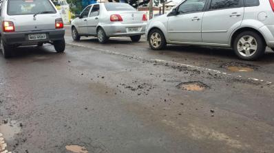 buracos-nas-ruas-como-eles-afetam-o-carro
